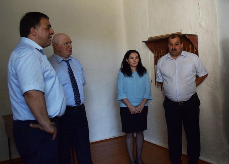 В образовательных учреждениях Магарамкентского района прозвенел первый звонок
